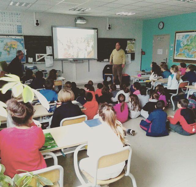 intervention école ECSI service civique présentation enfant primaire gajac st médard en jalle