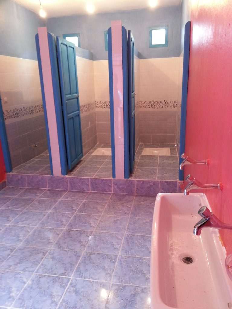Dynam'eau Maroc 1 Sanitaire des filles